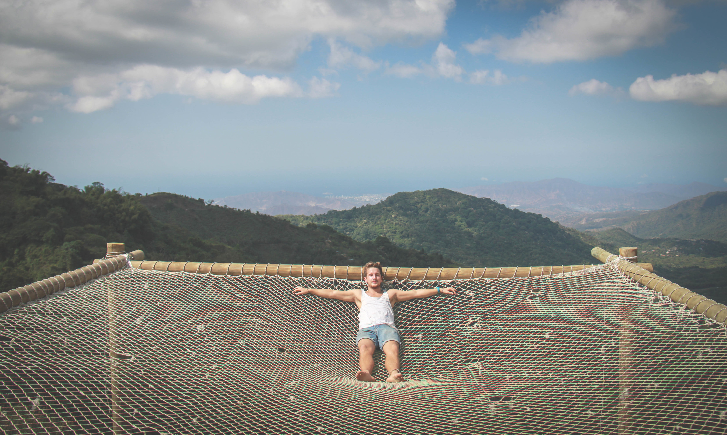 Things to do in Minca, Colombia - The giant hammock at Casa Elemento
