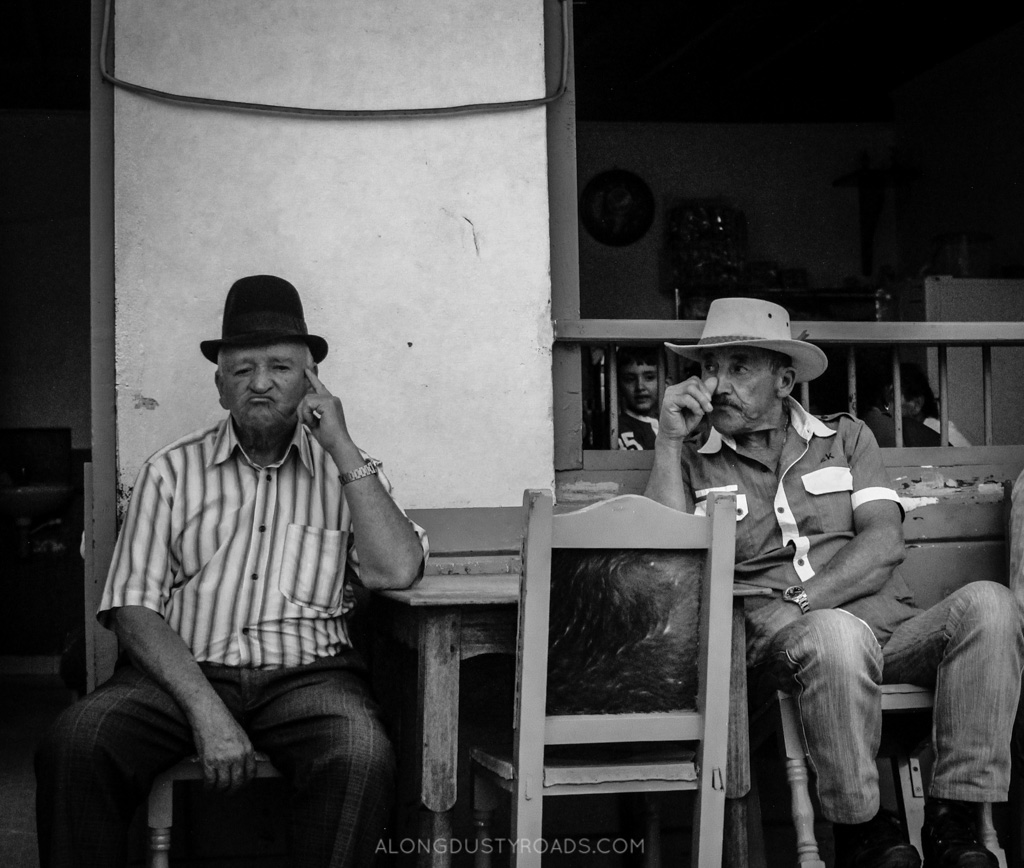 two old men jardin colombia