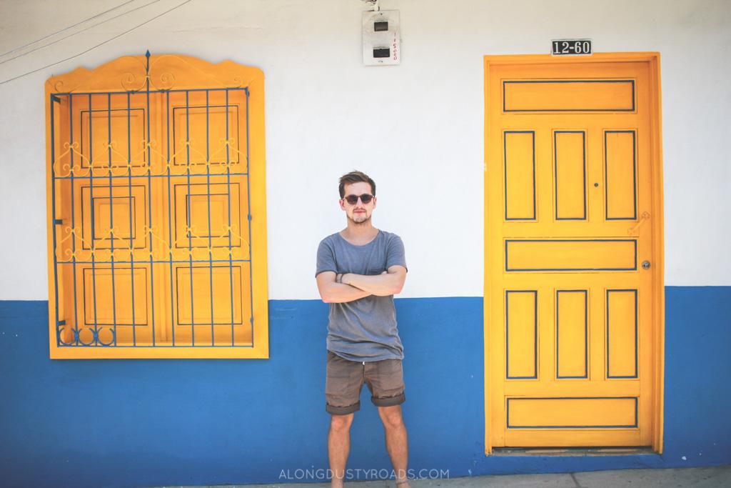 jardin colourful walls alongdustyroads.com