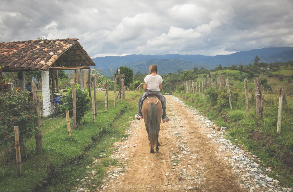 horse riding in san agustin colombia alongdustyroads.com