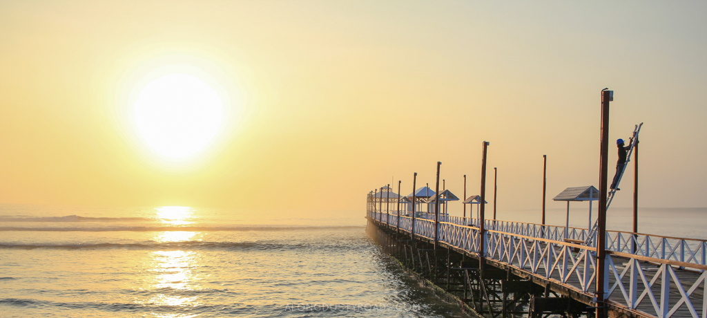 The sun sets on Huanchaco - Peru