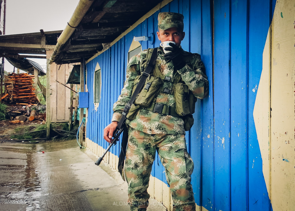 23 things to know before you visit Colombia - Strong military presence.