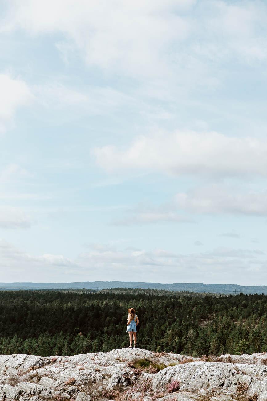 Hiking in Sörknatten Nature Reserve - Along Dusty Roads