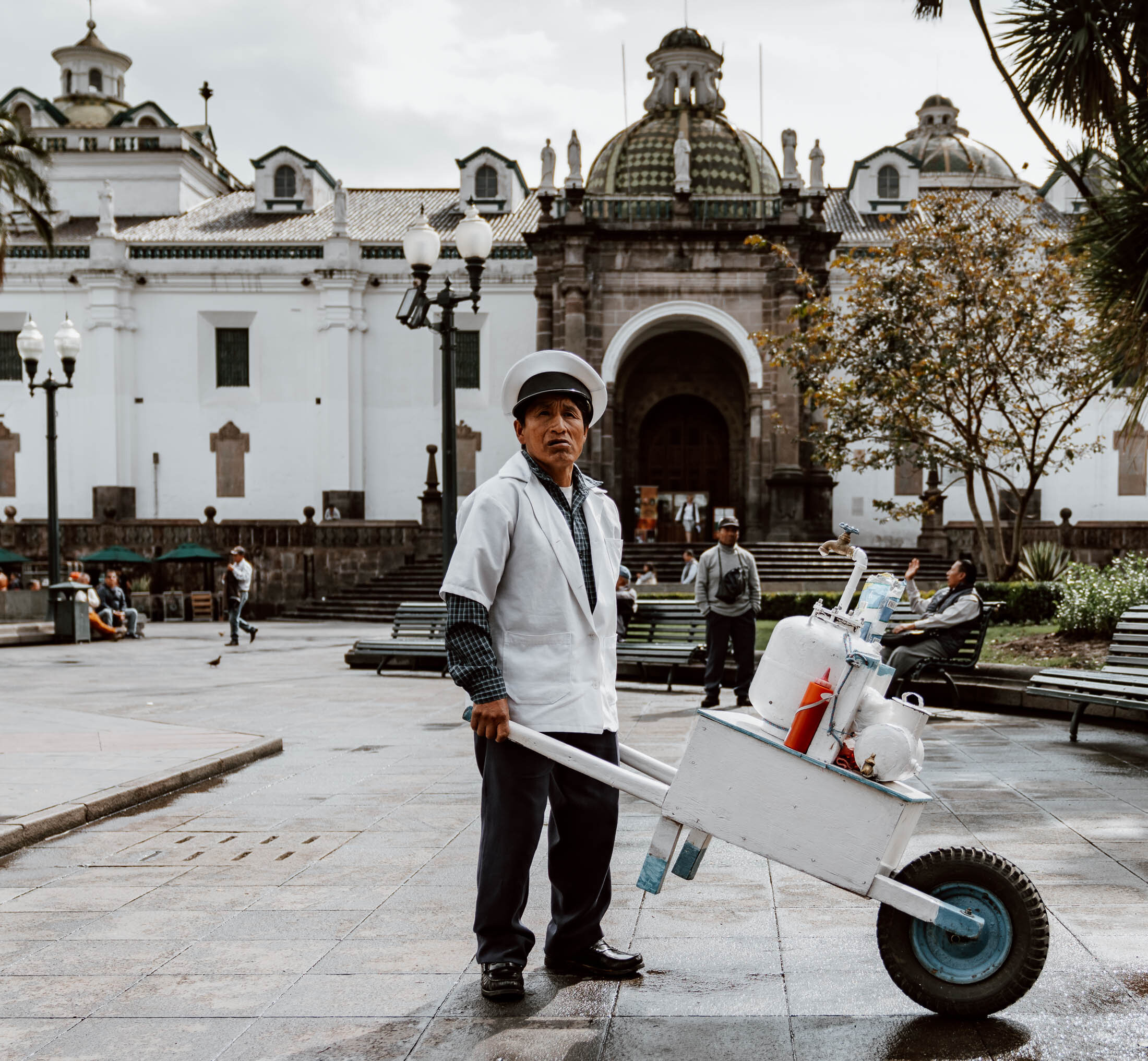 Things to do in Quito - Plaza Grande - Street Photography