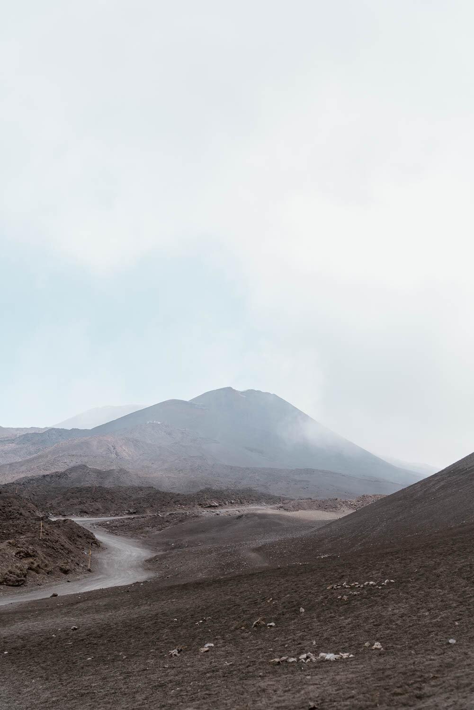 Moun埃特纳火山