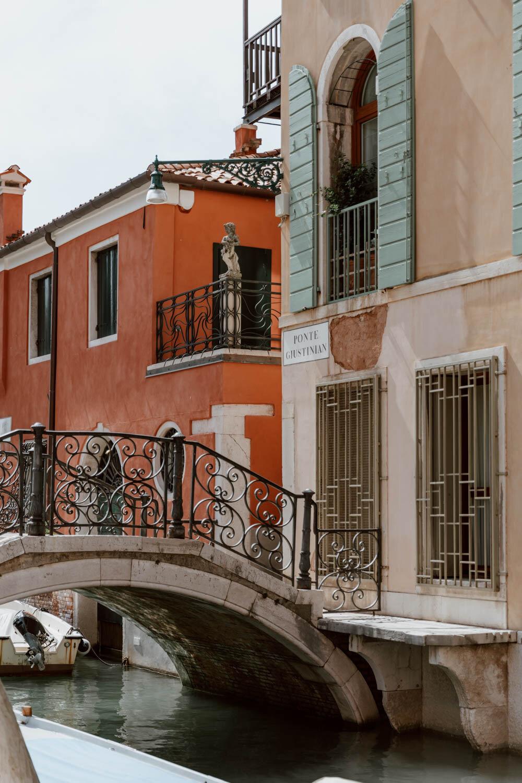 桥梁在威尼斯