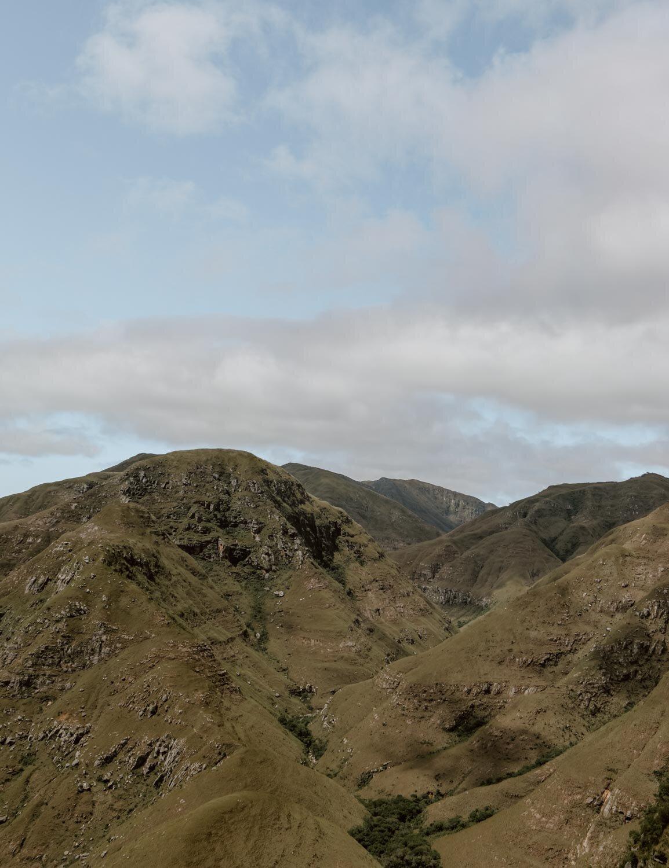 秃鹰-玻利维亚-沿着尘土飞扬的道路- 7. jpg
