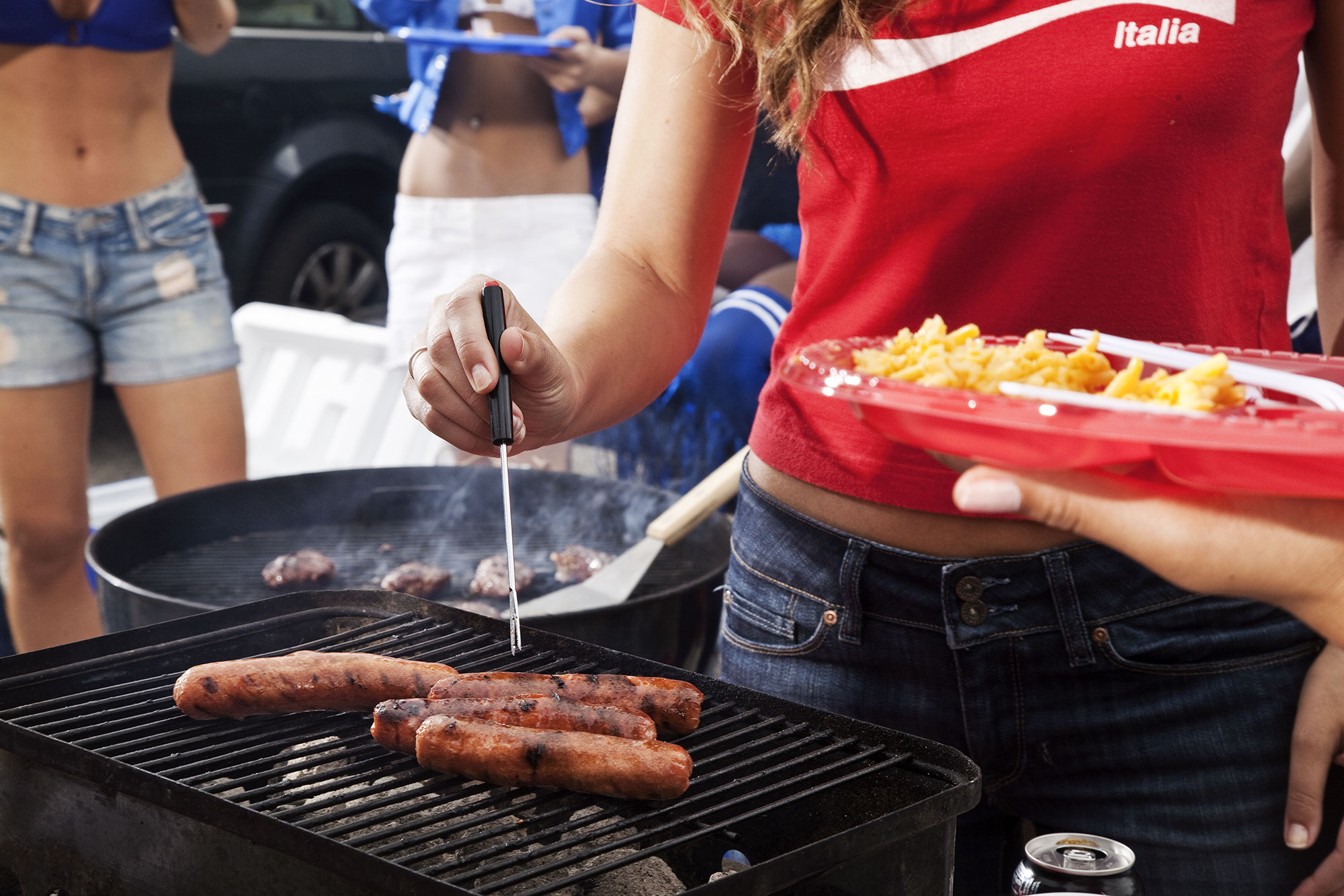 010-LIFE_tailgate243a.jpg