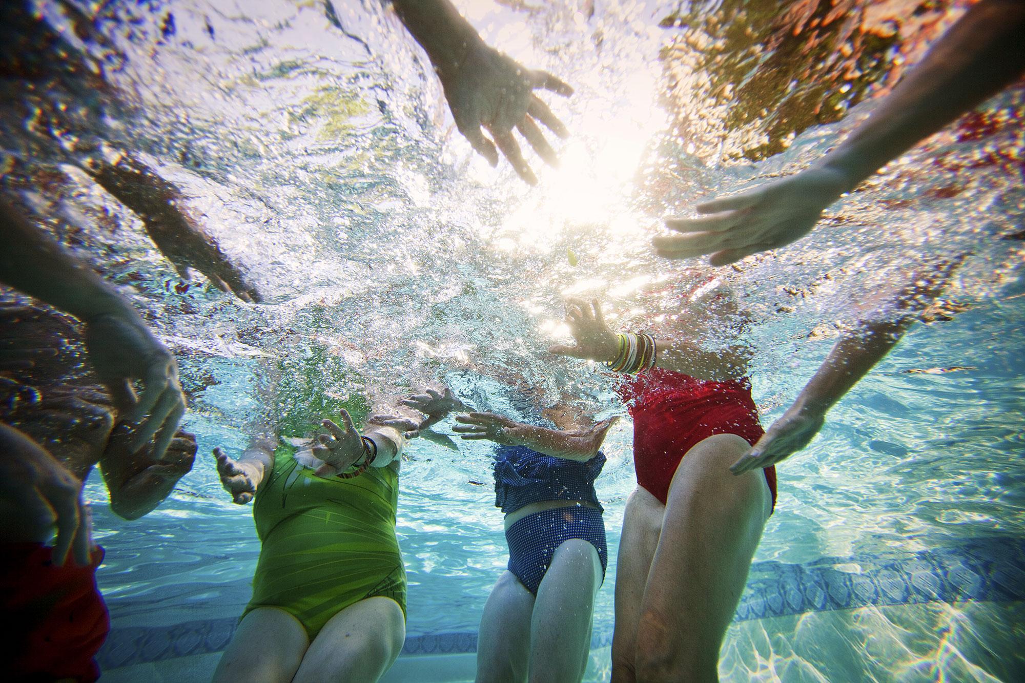015-LIFE_pool_underwater_397-lyrsa-copy.jpg