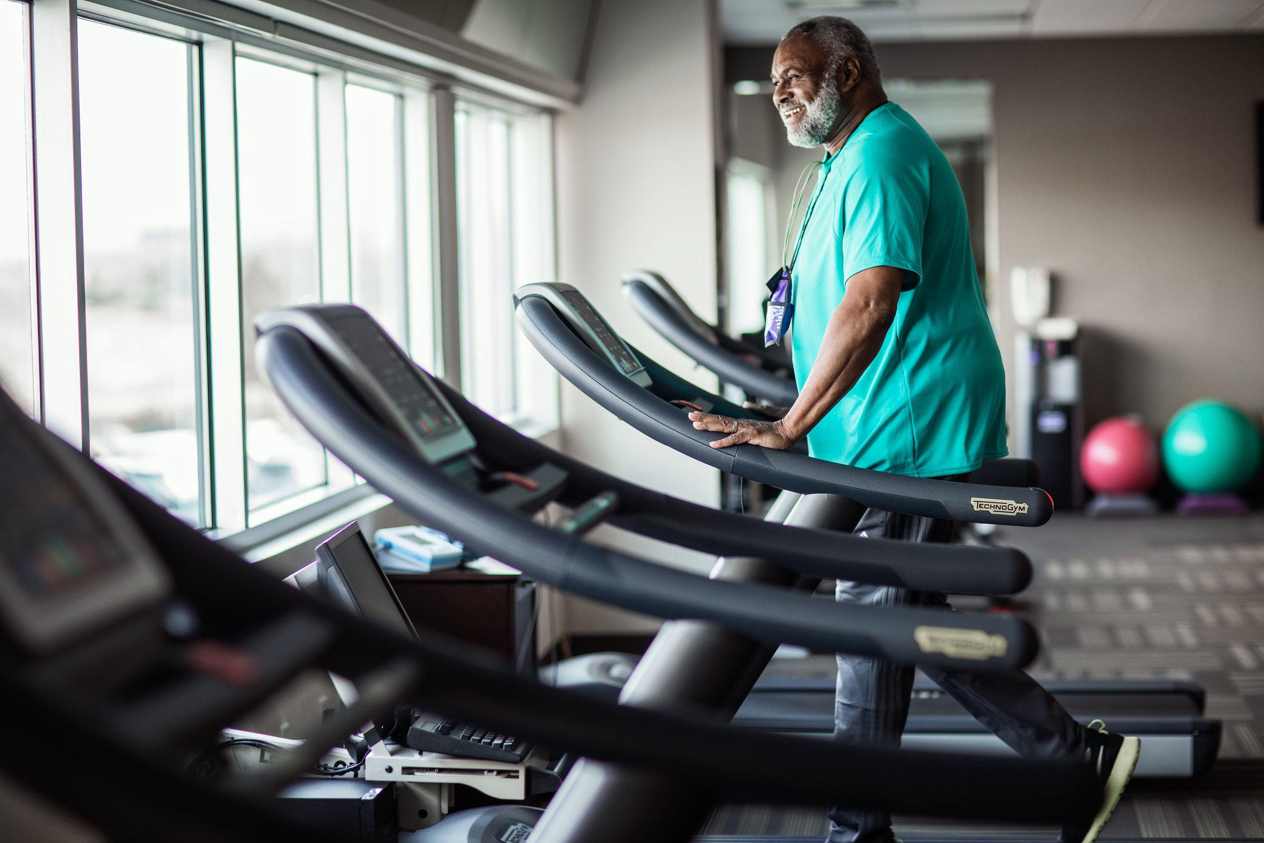 3089RH_Heart2_Treadmill5040.JPG