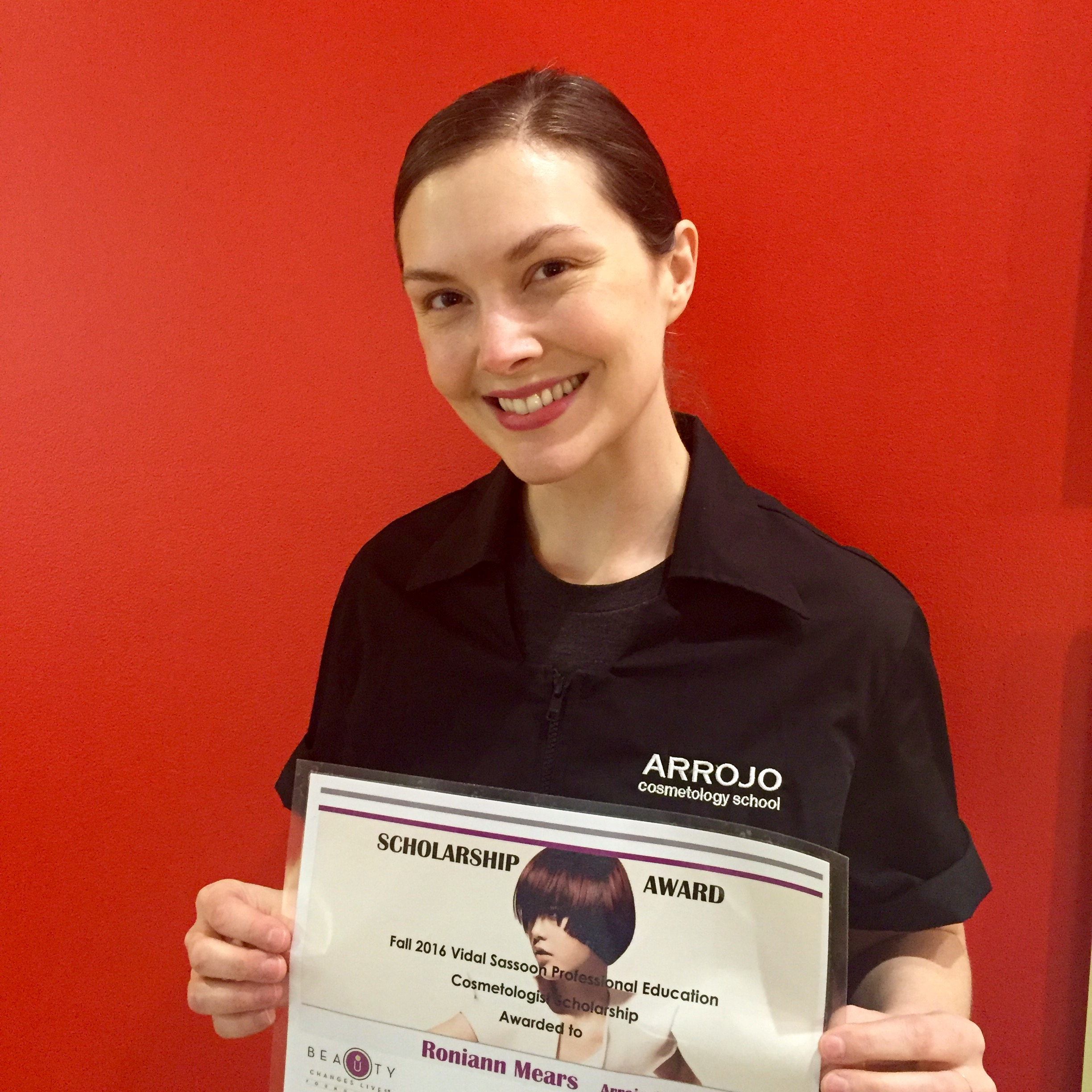 RONIANN MEARS WITH HER BEAUTY CHANGES LIVES AWARD