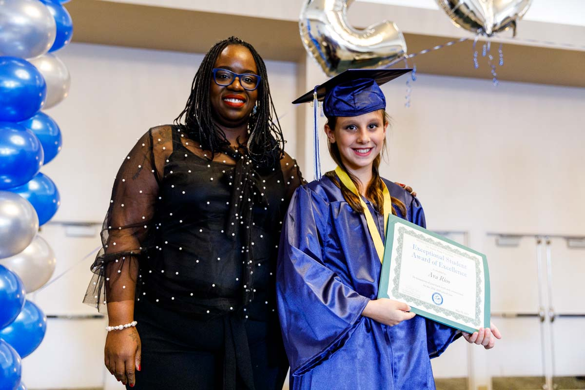 MCMCS-Fifth-Grade-Graduation_steve-boxall-20190519_0446.jpg