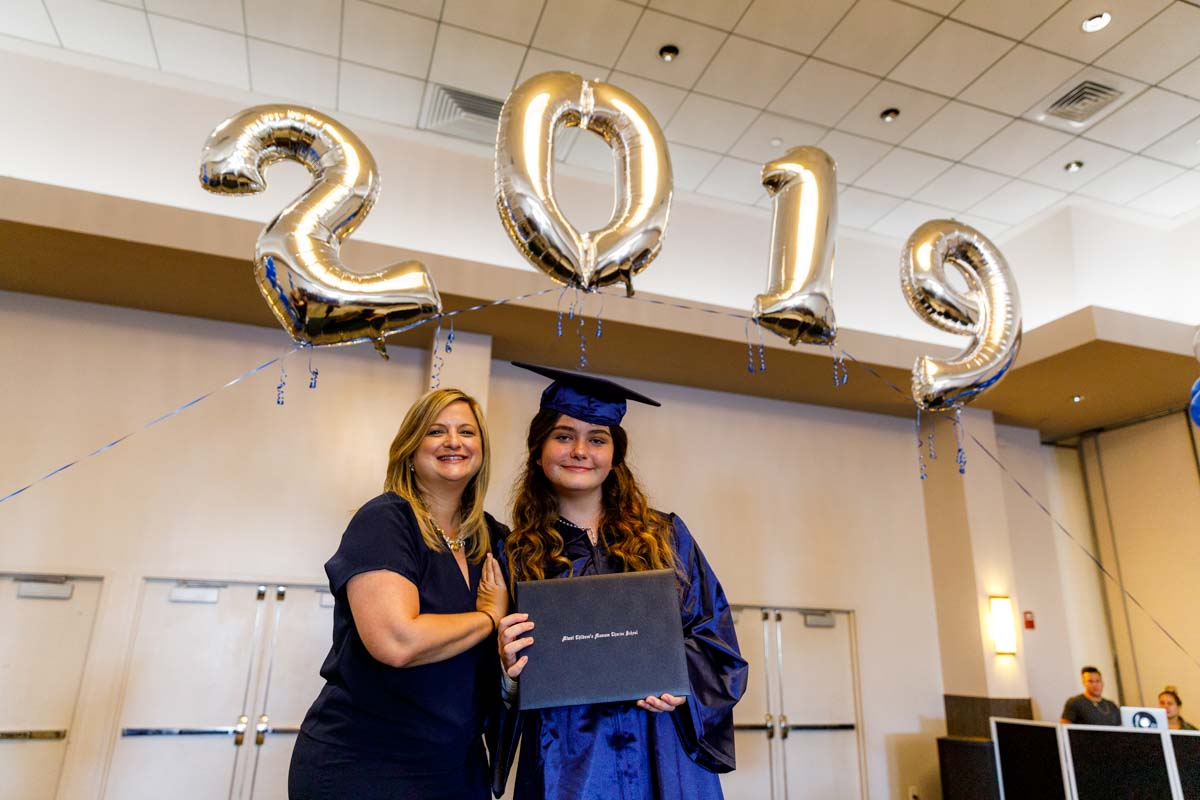 MCMCS-Fifth-Grade-Graduation_steve-boxall-20190519_0562.jpg