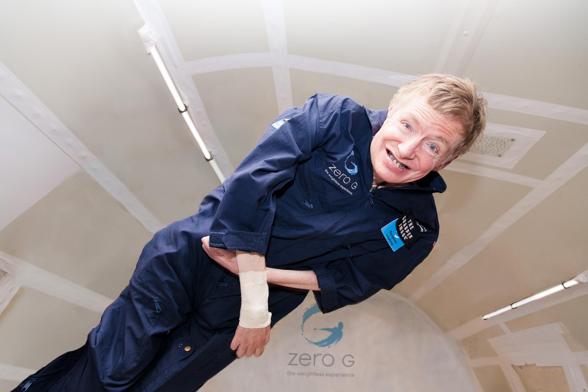 ZG104-Stephen-Hawking_steve-boxall-20070427_0188-Edit.jpg