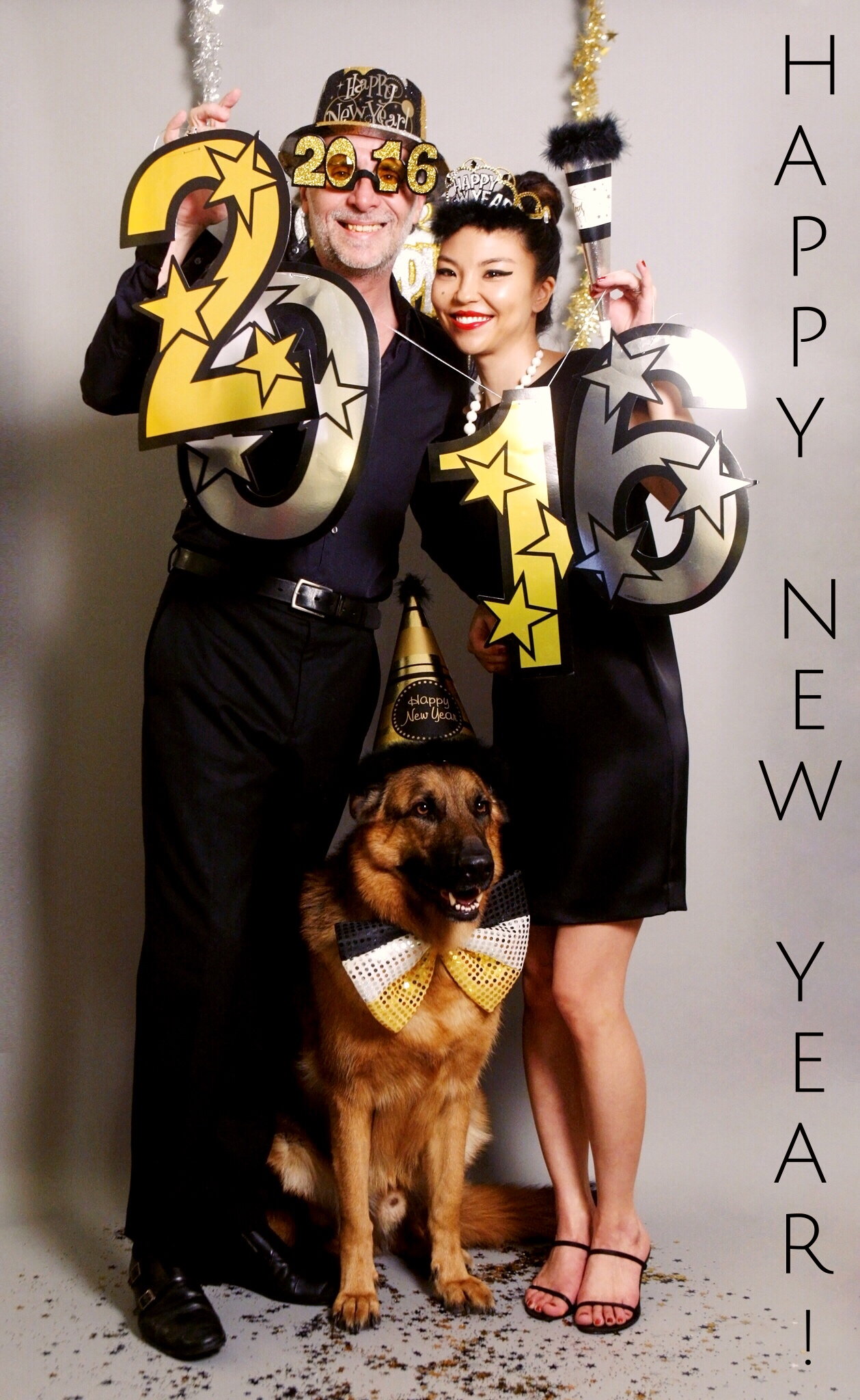 Cheers to 2016! Love, Gilles, Suz & MaQ
