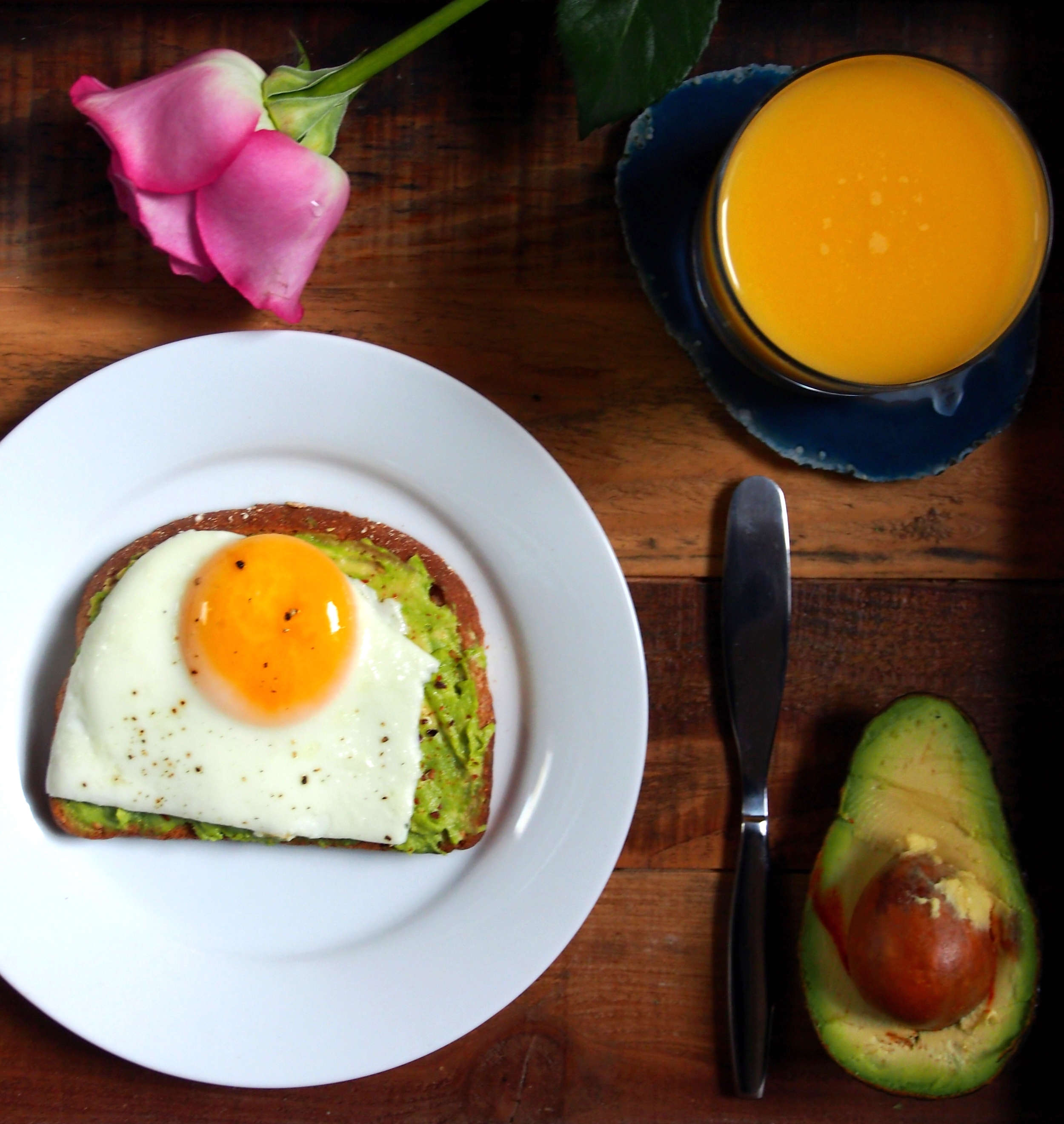 Open-faced sandwich with egg and avocado. Yum!