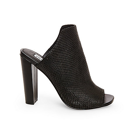STEVEMADDEN-DRESS_KAILEEY_BLACK-SNAKE_SIDE.jpg