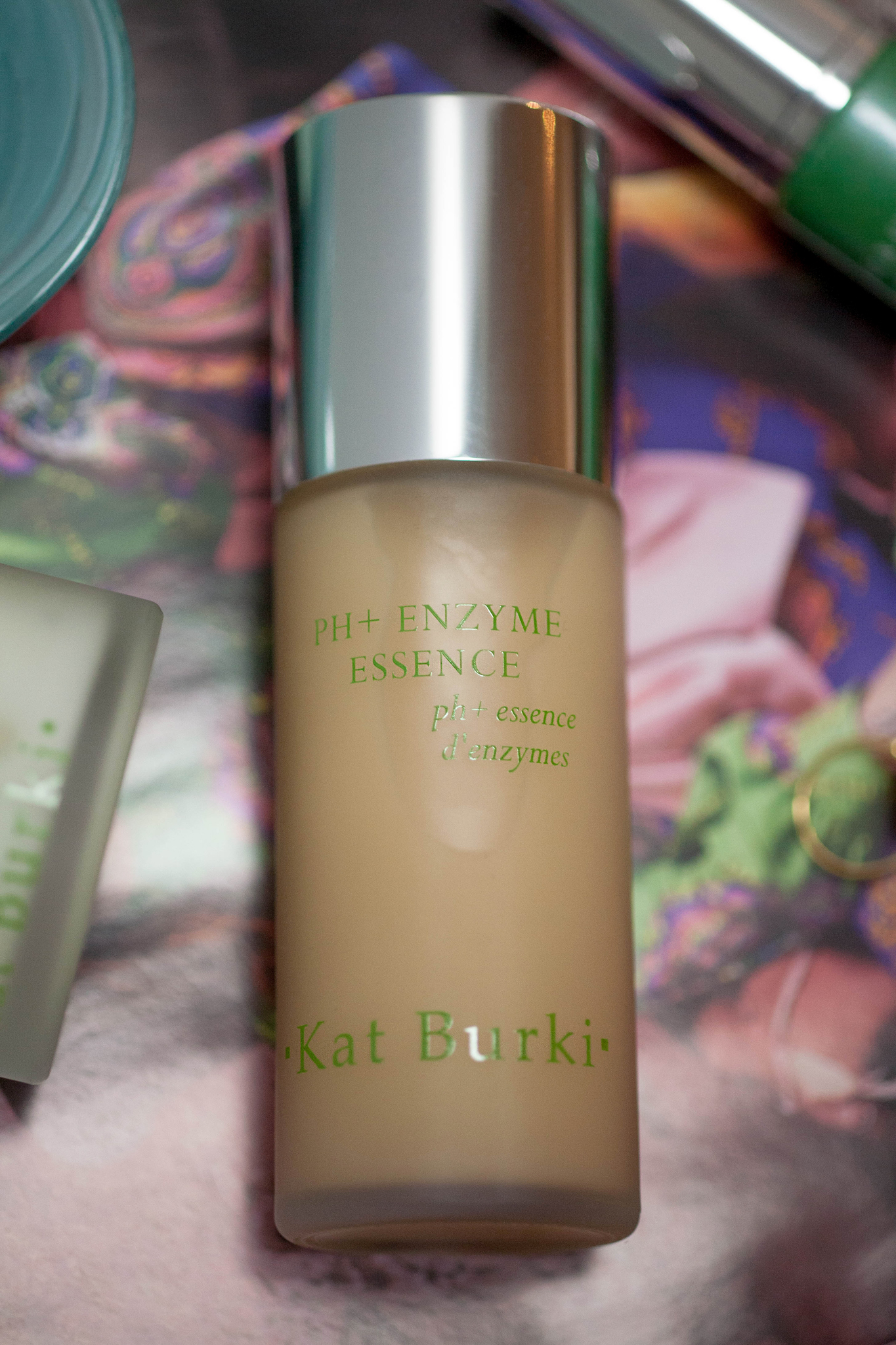 Kat Burki PH & Enzyme Essence