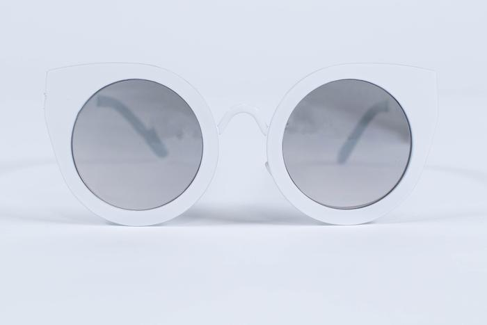 Odette + Odile Twiggy White Sunnies