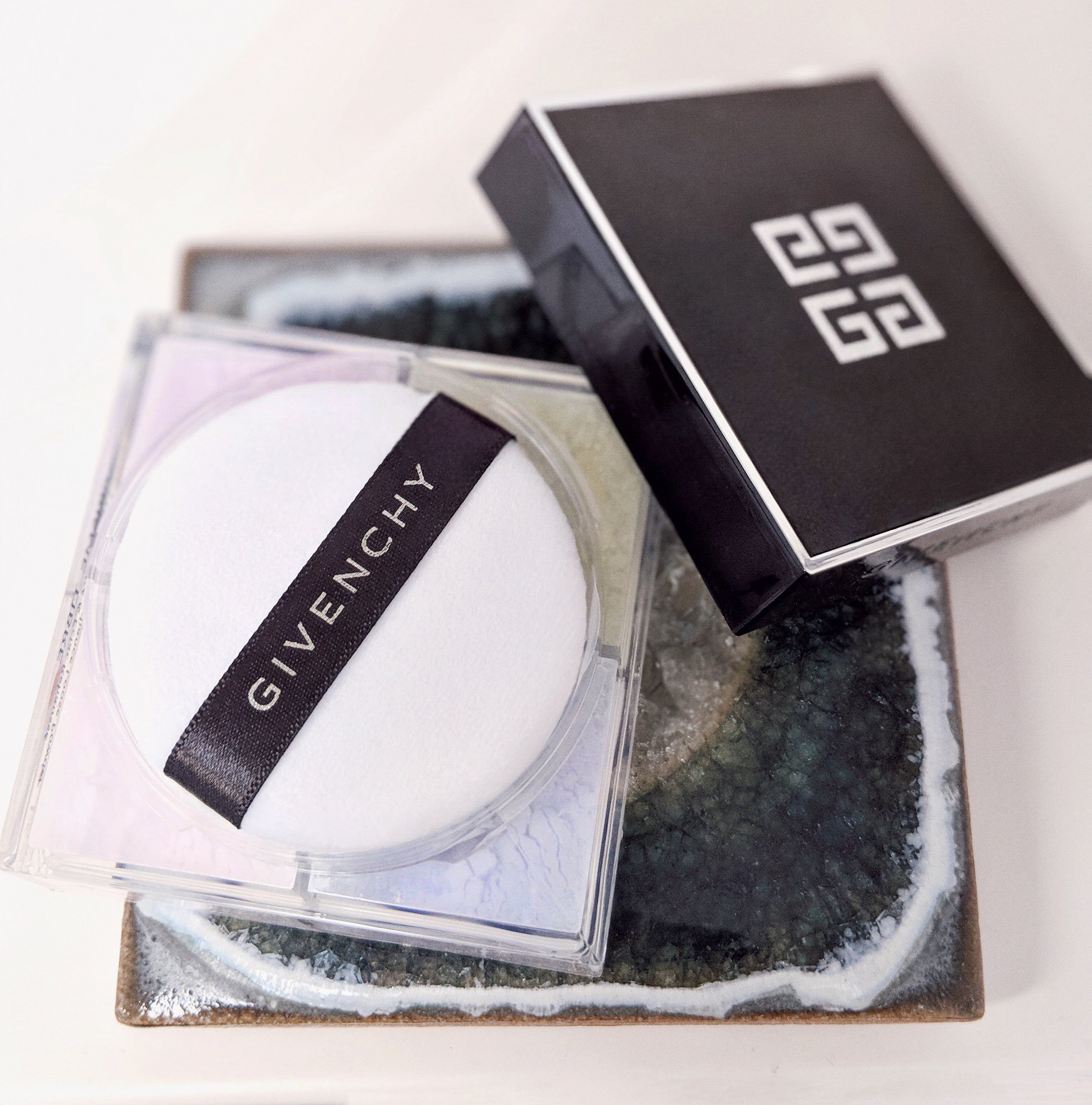 Givenchy loose powder