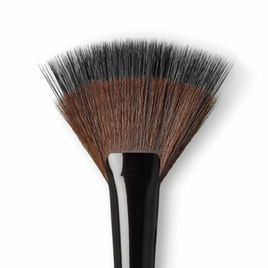 Laura Mercier powder fan brush