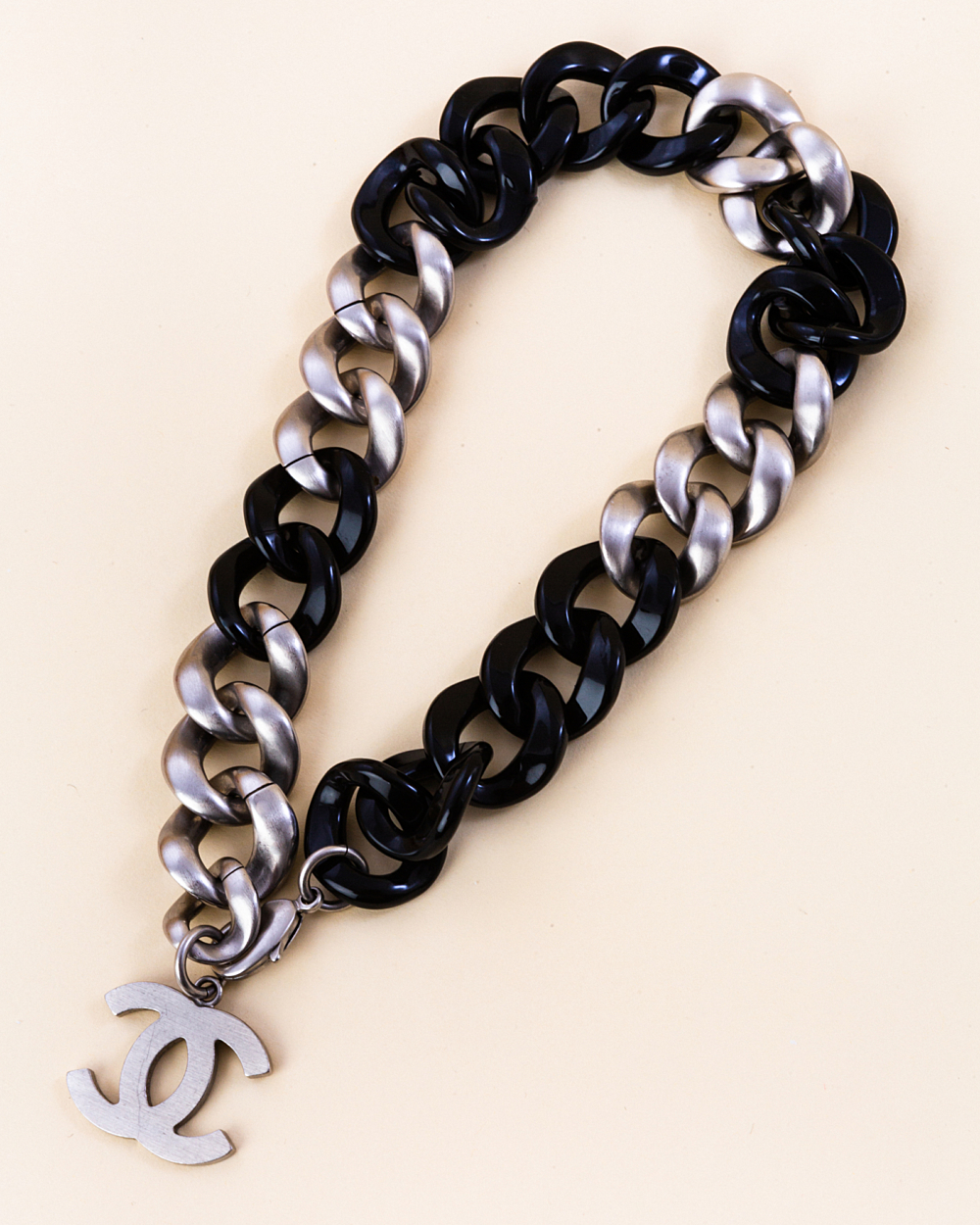 Chanel curb chain