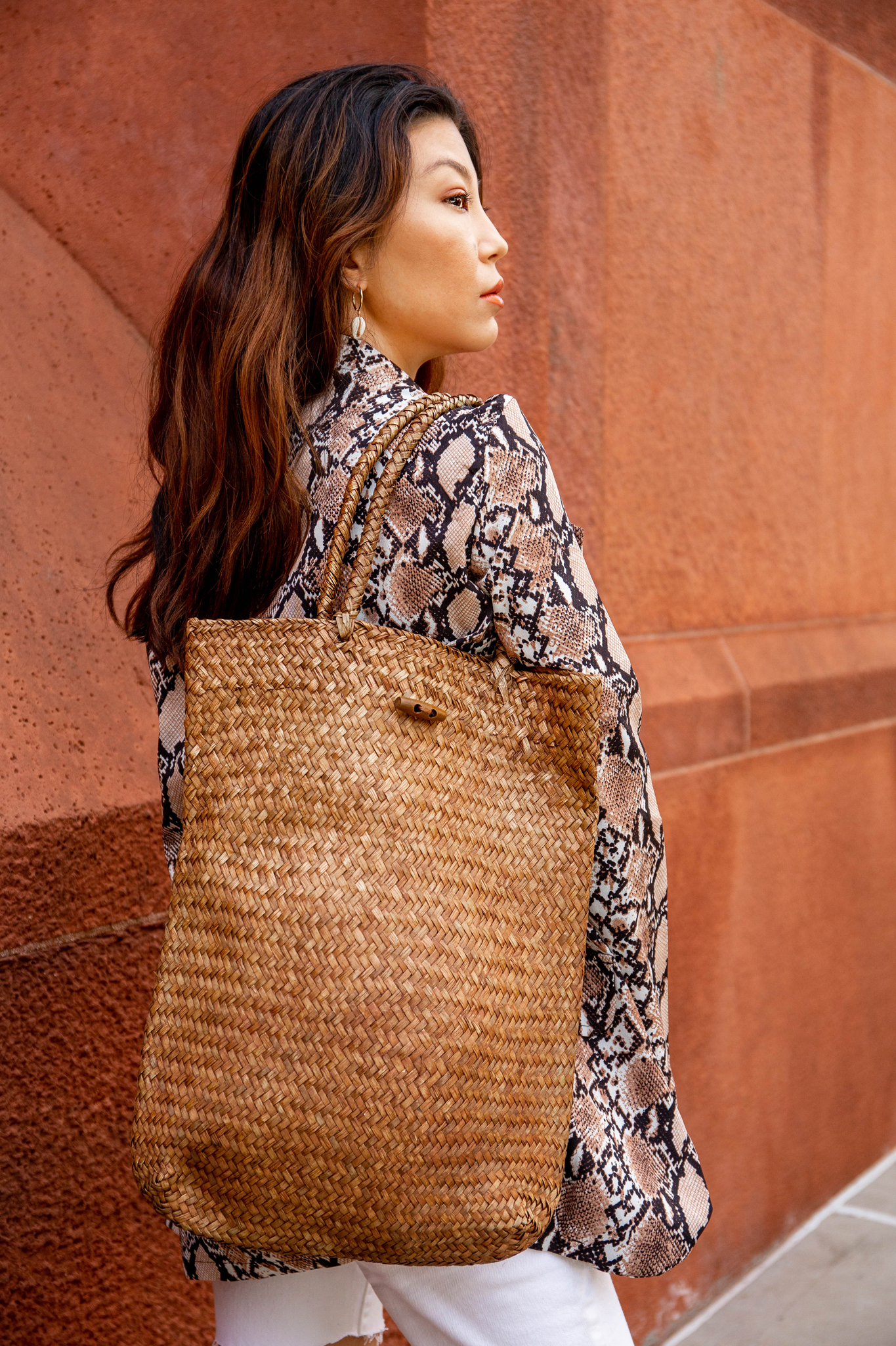 Long straw bag