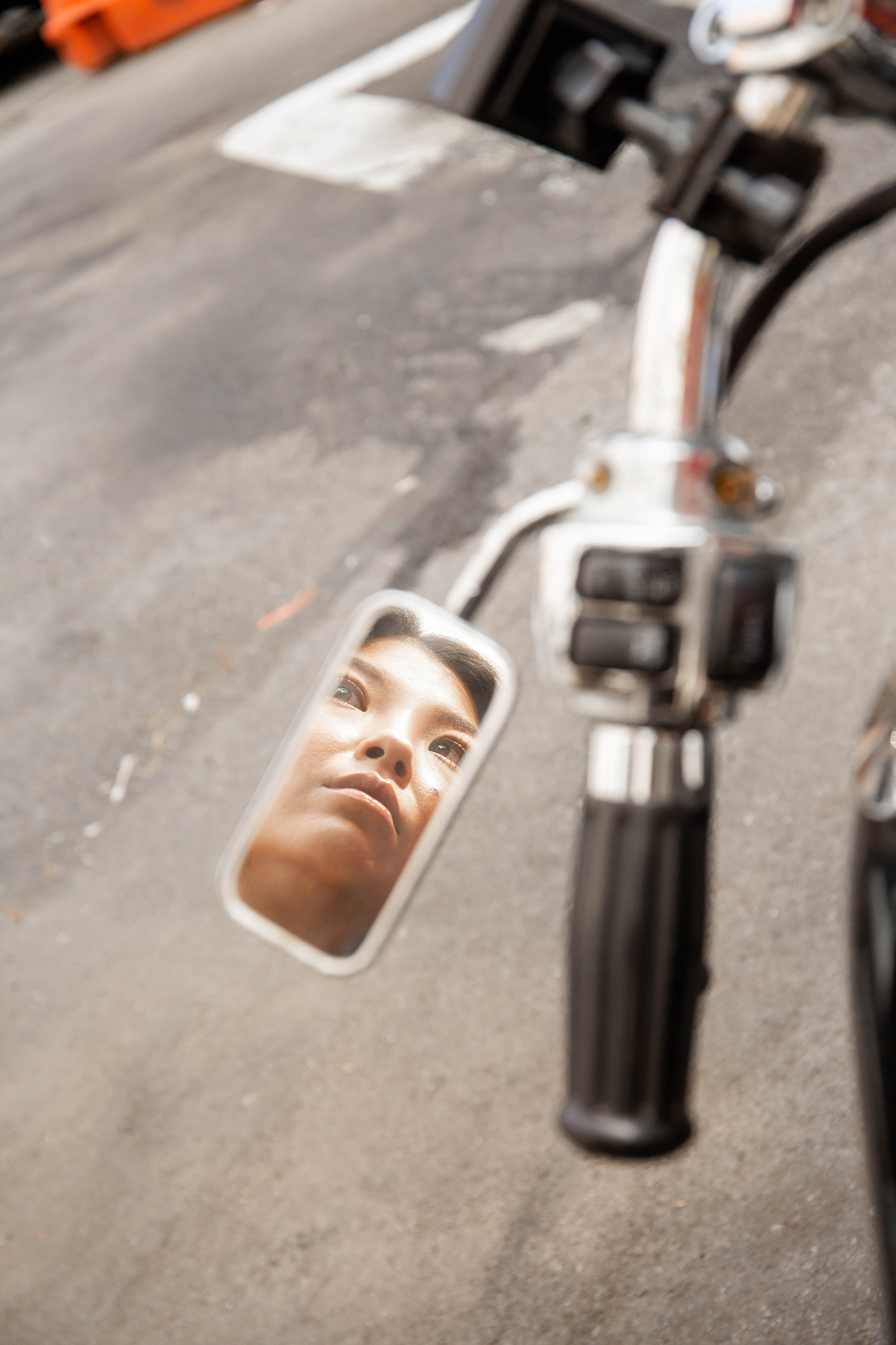 Mirror reflection bike