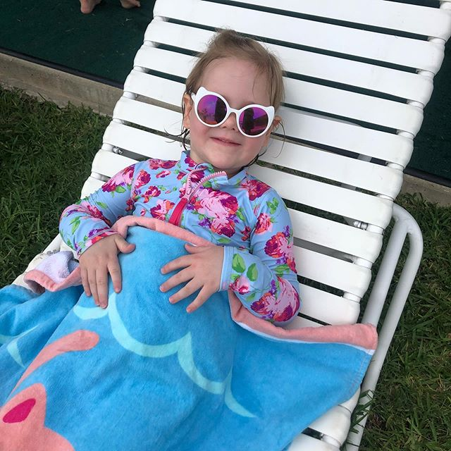 Fun 2 weeks of swim lessons with my girl ☀️ . . . #swim #swimlessons #waterbaby #summer #summerfun #lovelysquares #ootd #pool