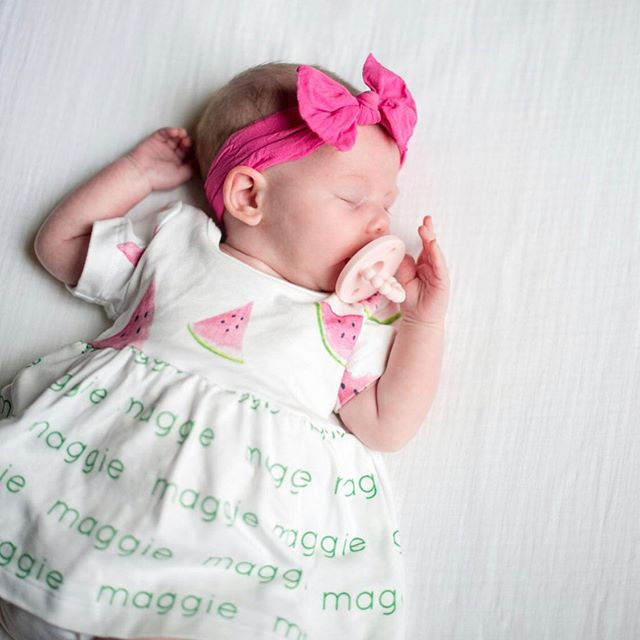 Nothing sweeter than a sleeping baby 💗 . . . #maggie #watermelon #2months #sleepybaby #letthembelittle #childhoodthroughinstagram #lovelysquares