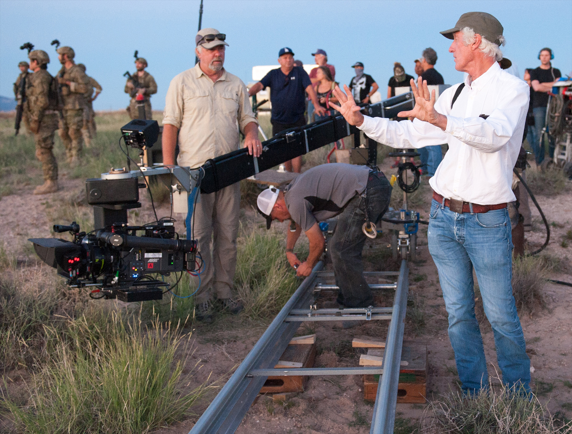 http://www.theasc.com/site/blog/thefilmbook/sicario-interview-with-roger-deakins-asc-bsc/
