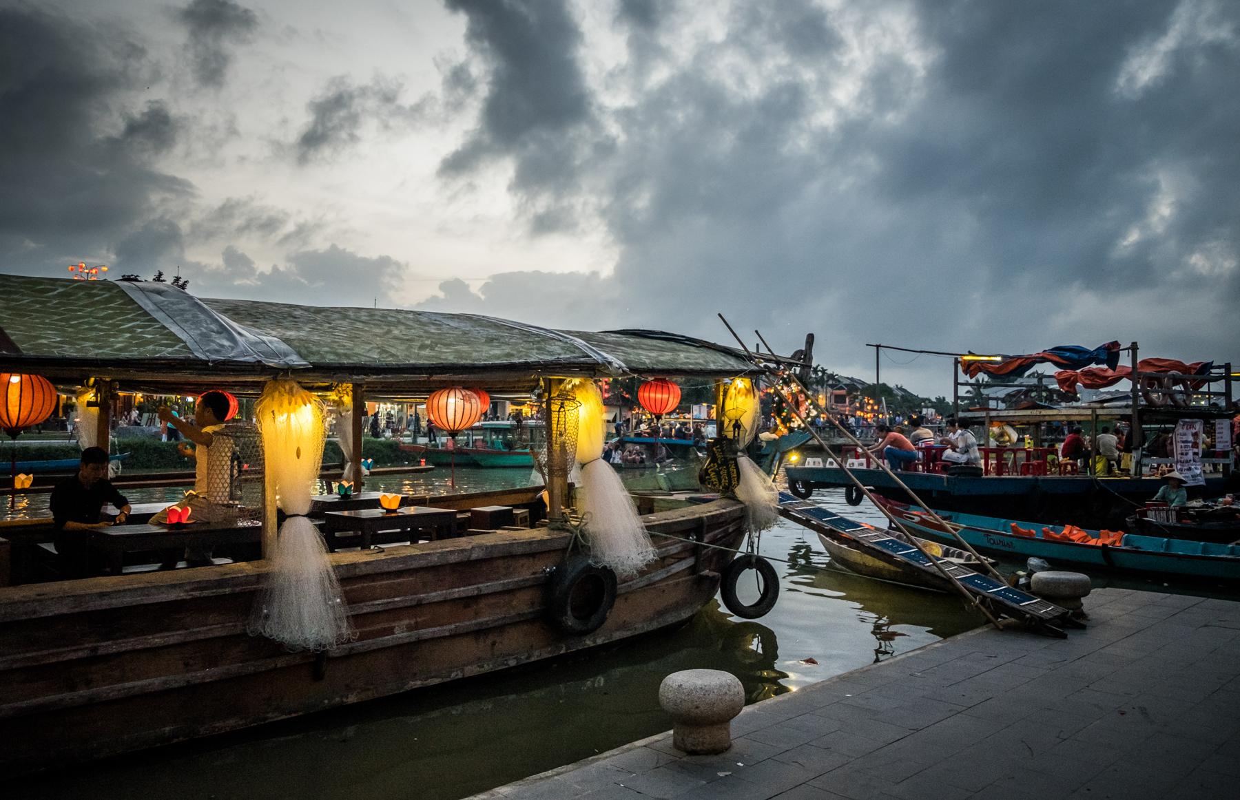 Vietnam-Hoian-lanterns.jpg