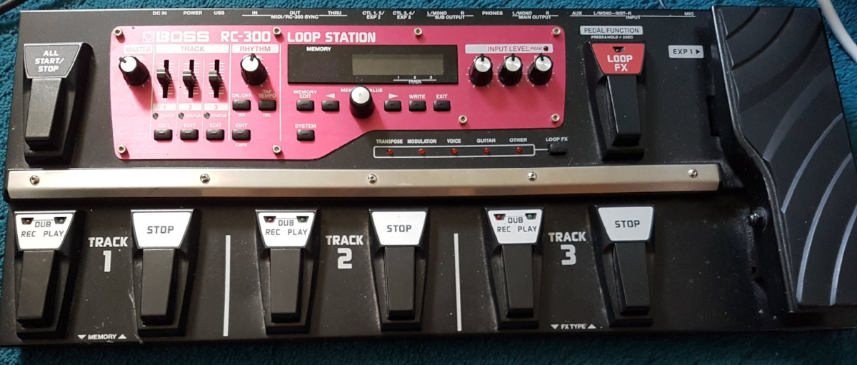 Boss RC-300 Bass Looper