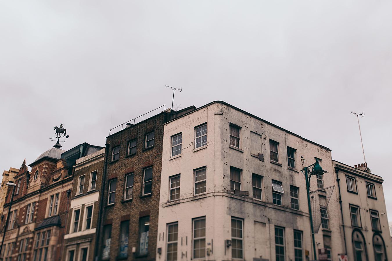 SABRINA+BENOIT_ENGAGEMENT_LONDON-1.jpg