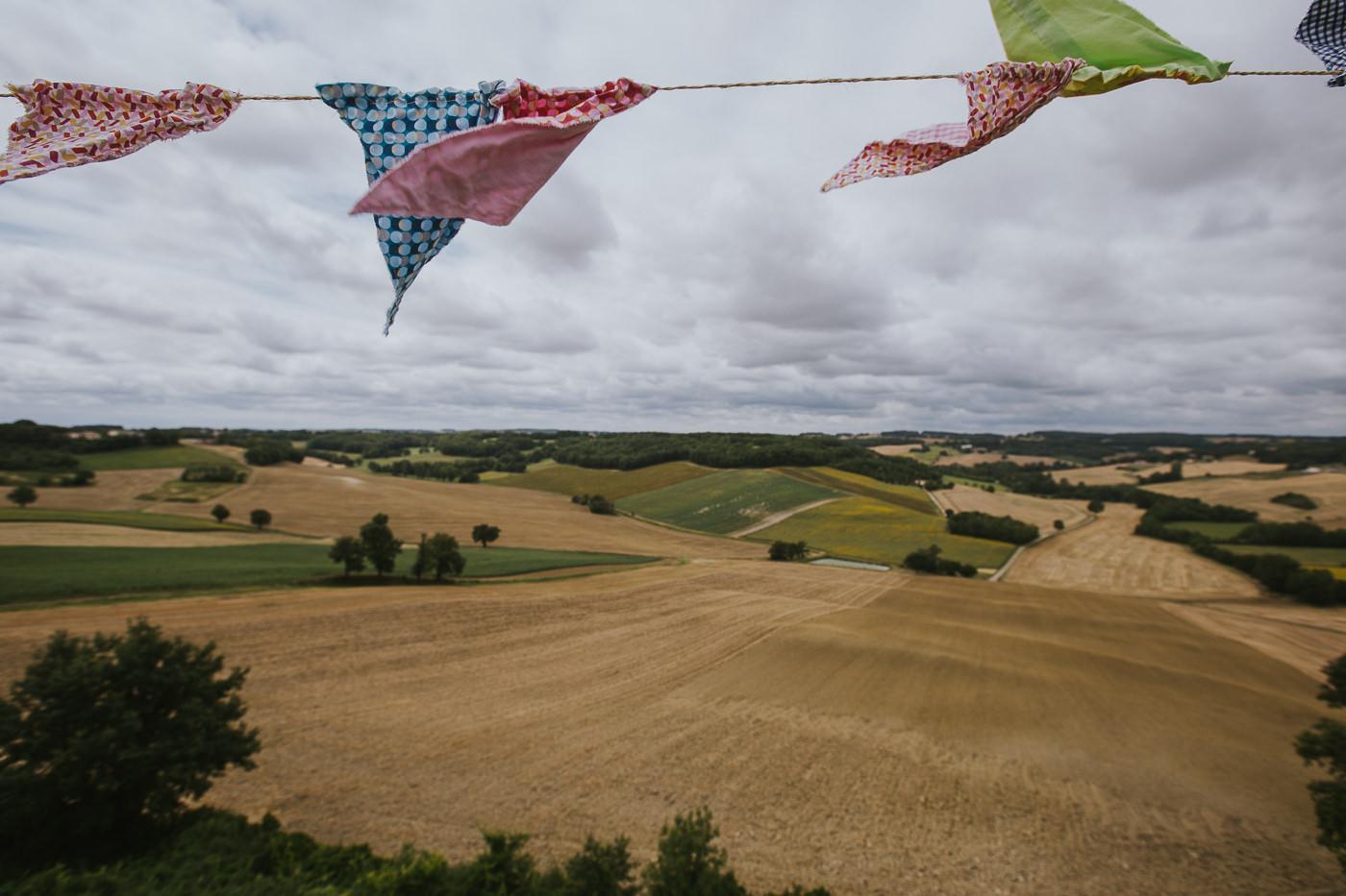Mariage_champetre_au_village_de_castelnau-1045.jpg
