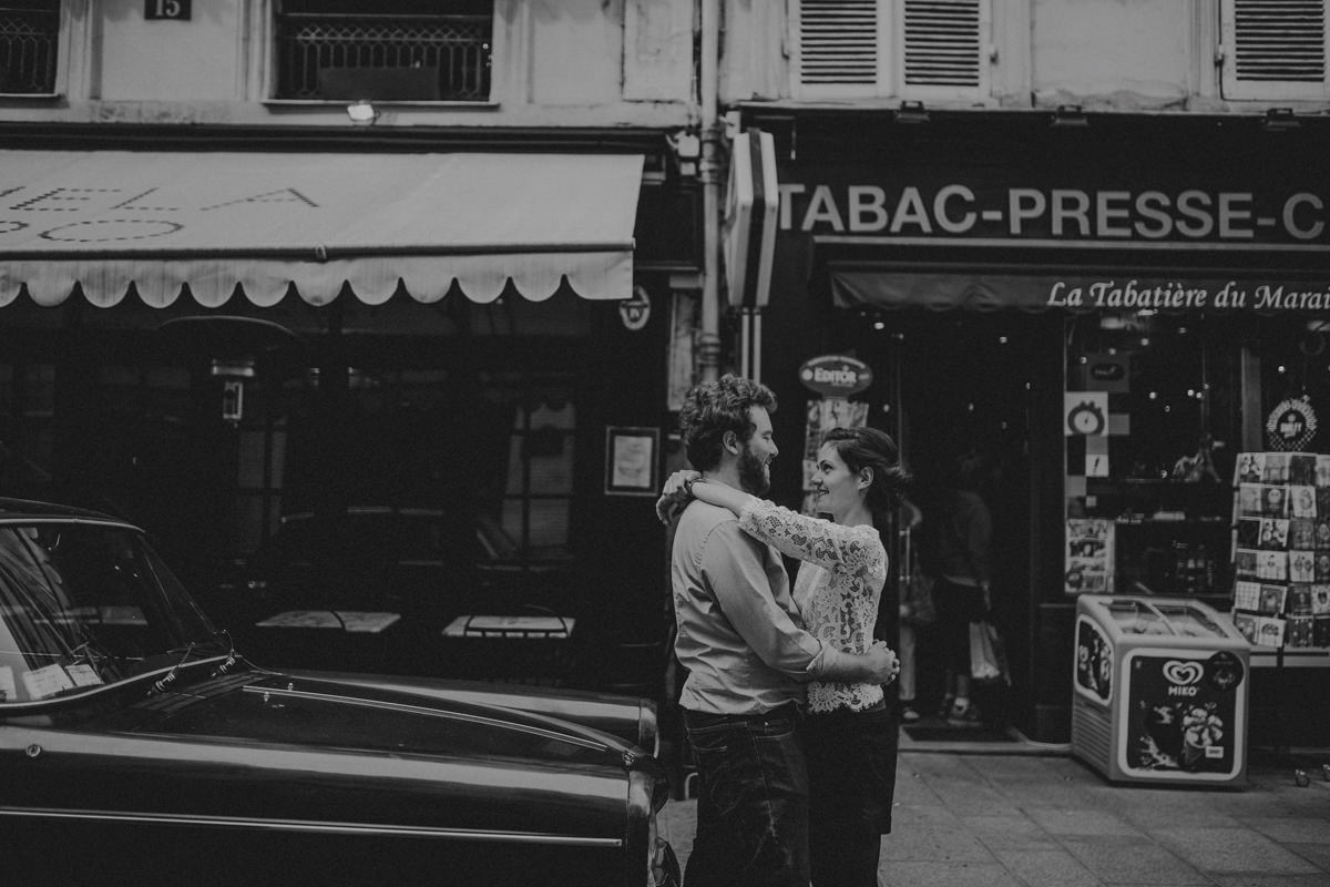 Seance_engagement_dans_les_rues_de_paris-172.jpg