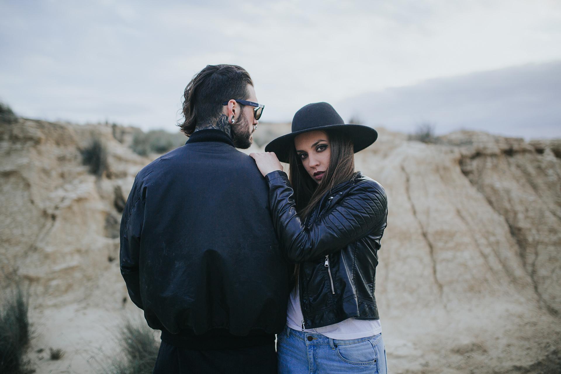 Desert_Bardeneas_couple-24.jpg