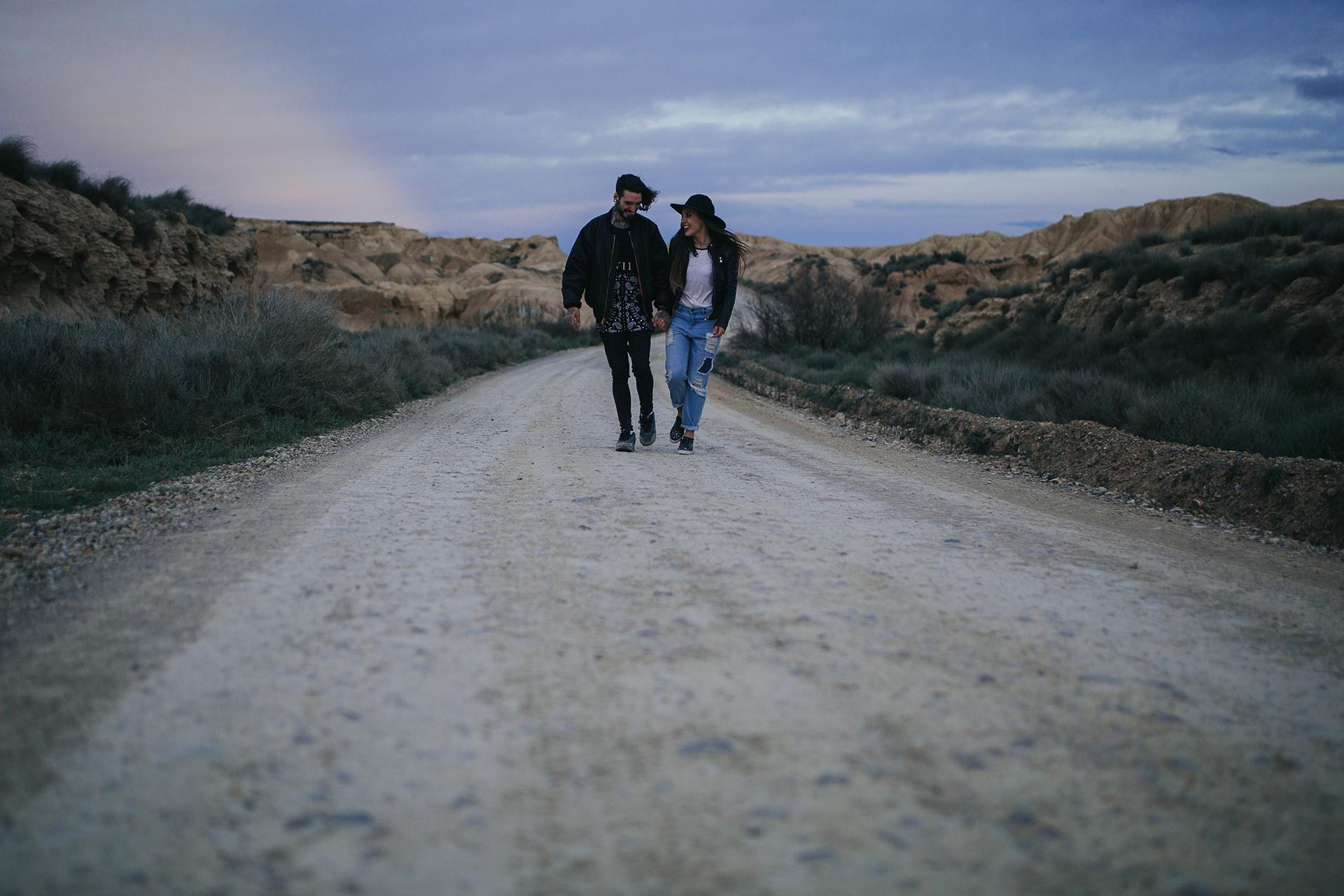 Desert_Bardeneas_couple-34.jpg