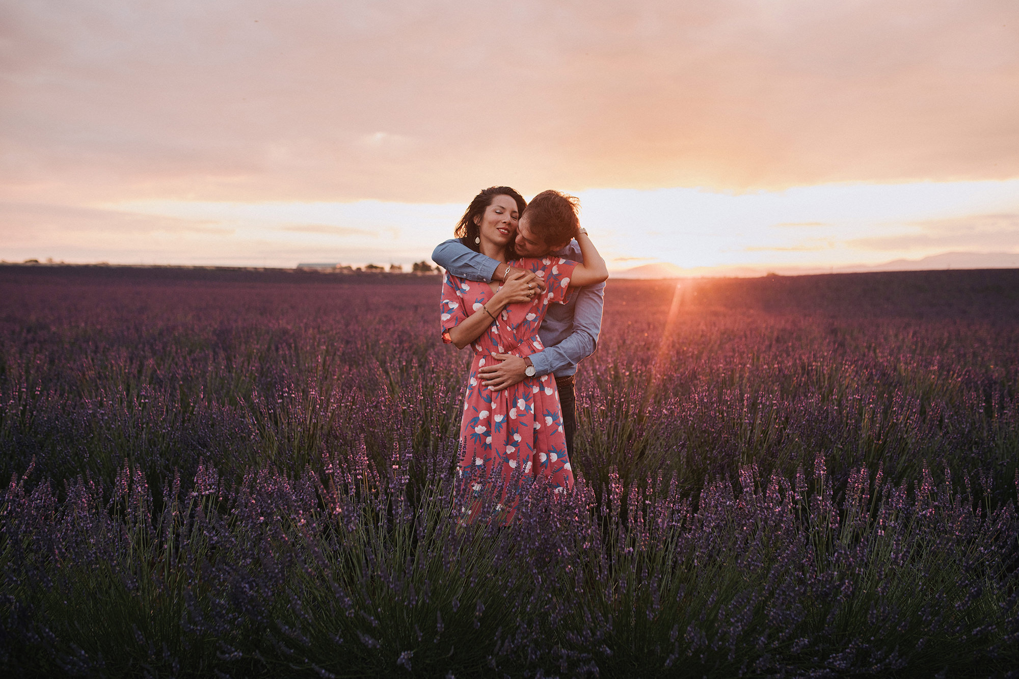 Engagement_camille+francois_lavender_provence_valensole_neupapphotography-21.jpg