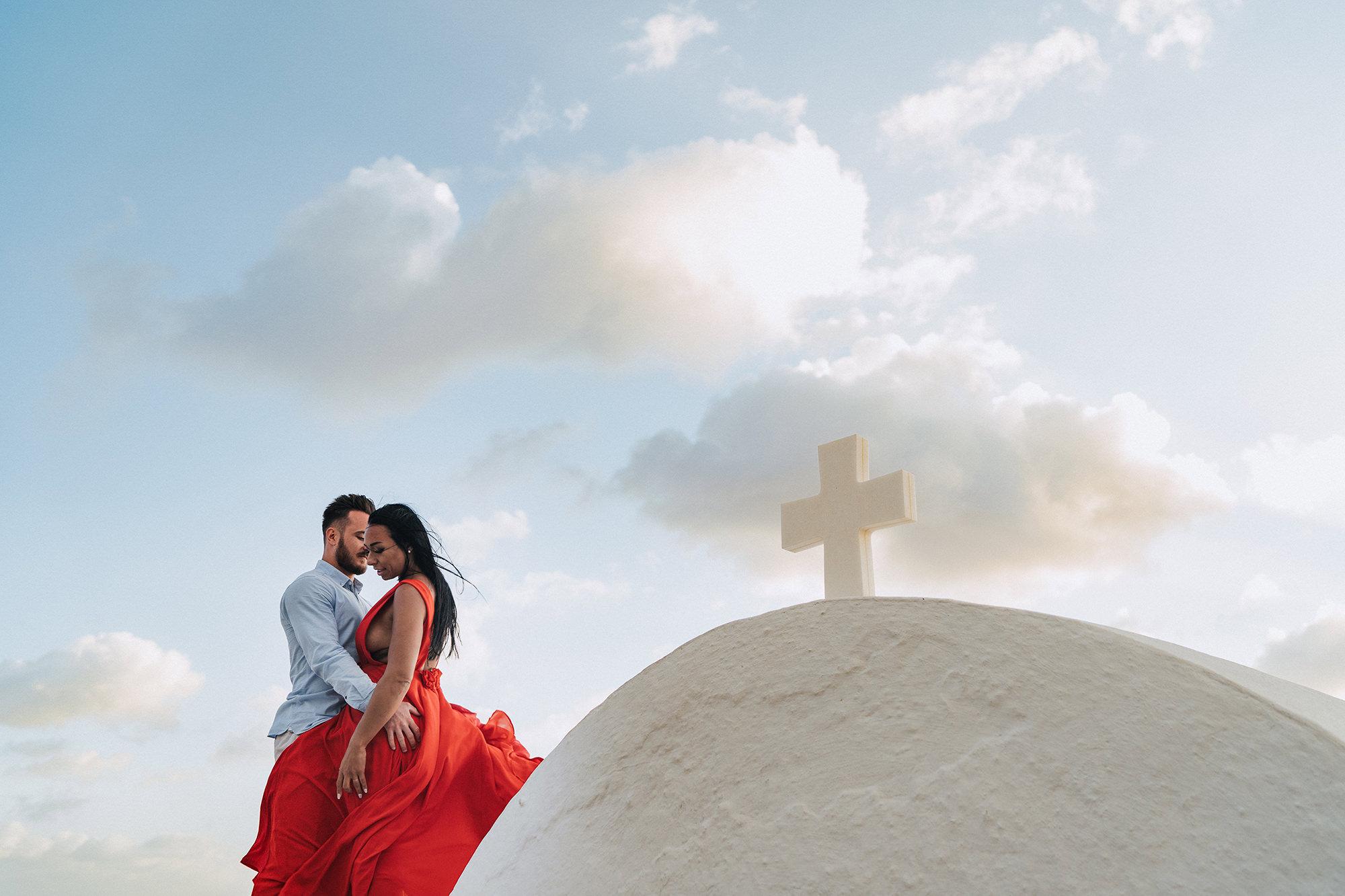 Engagement_adeline+maxime_ imerovigli_santorin_neupapphotography-92.jpg