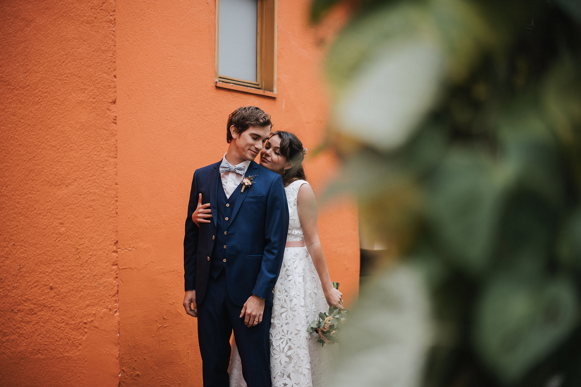 wedding_nantes_colored_couple_neupapphotography.jpg