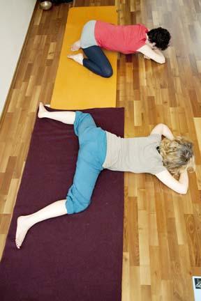 Frog - yin yoga skeletal variation