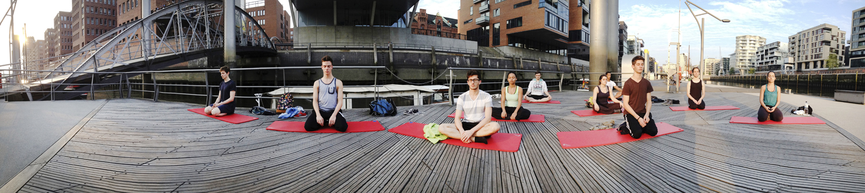 Hamburg Hafencity Yin Yoga Class.jpg