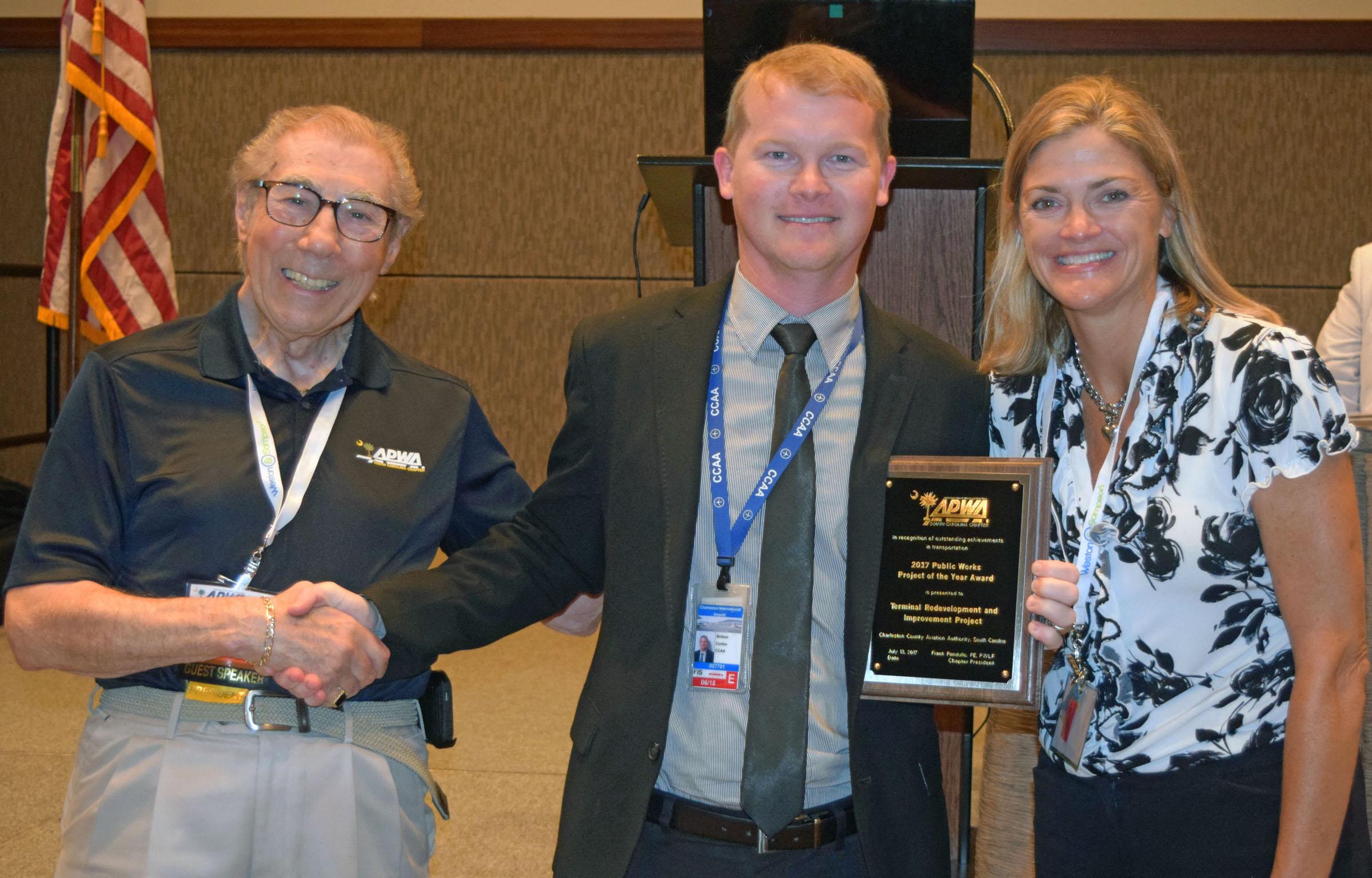 From left to right:SC APWA President Frank Pandullo, Britton Corbin, director of engineering, Charleston County Aviation Authority; Awards Chairperson Dana Higgins