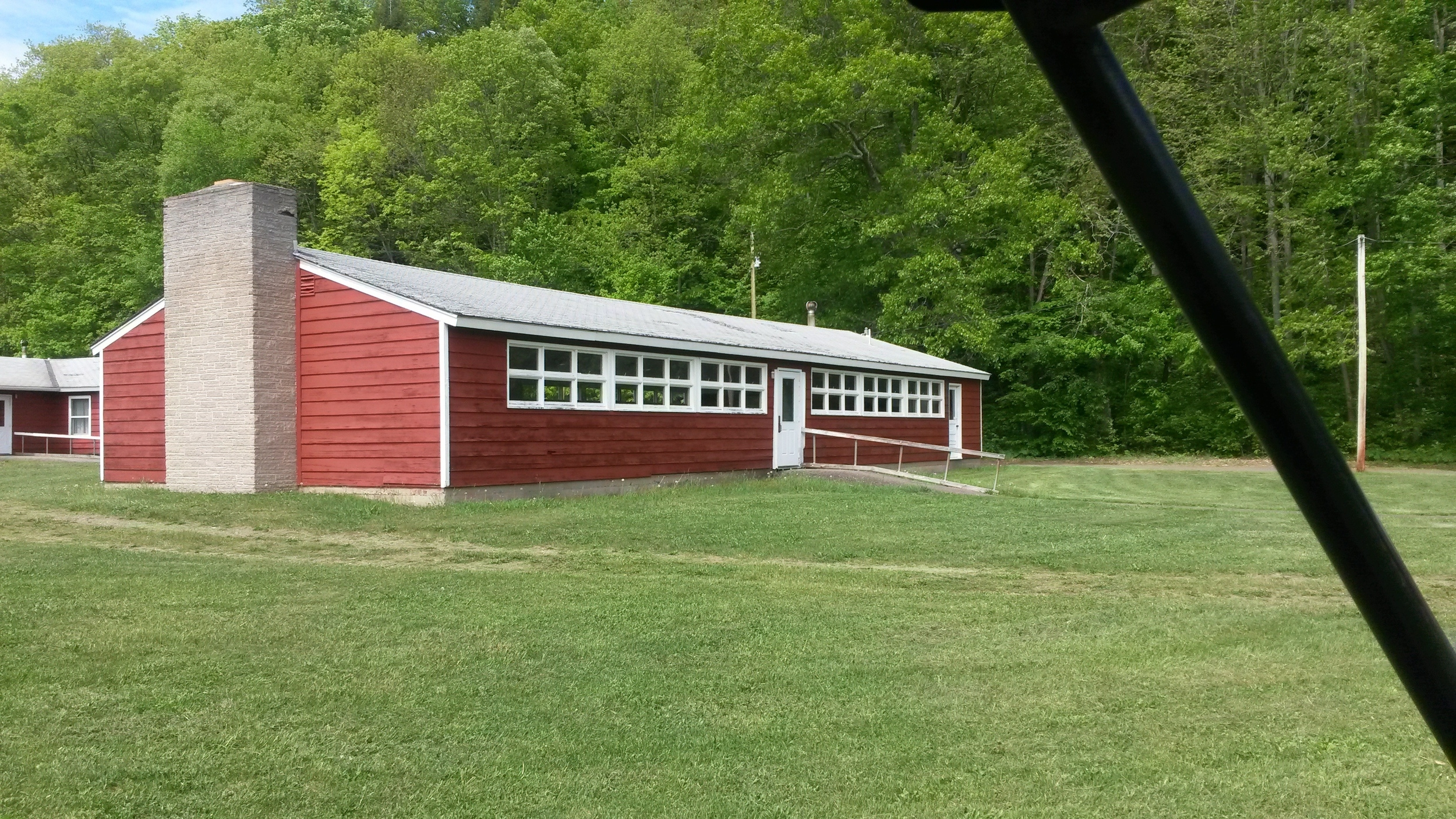 Cabin Hall (Exterior) 30' x 60' (Seats 100)
