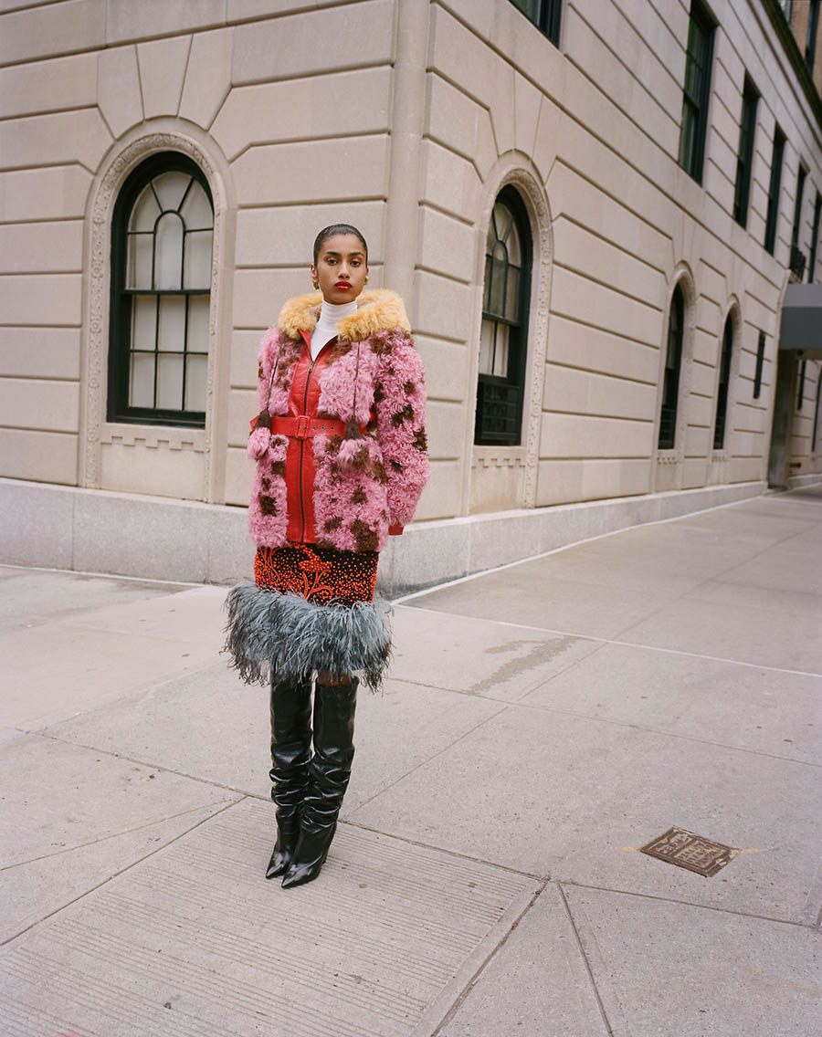 Imaan-Hammam-by-Theo-Wenner-for-Self-Service-Magazine-Fall-Winter-2017-14.jpg