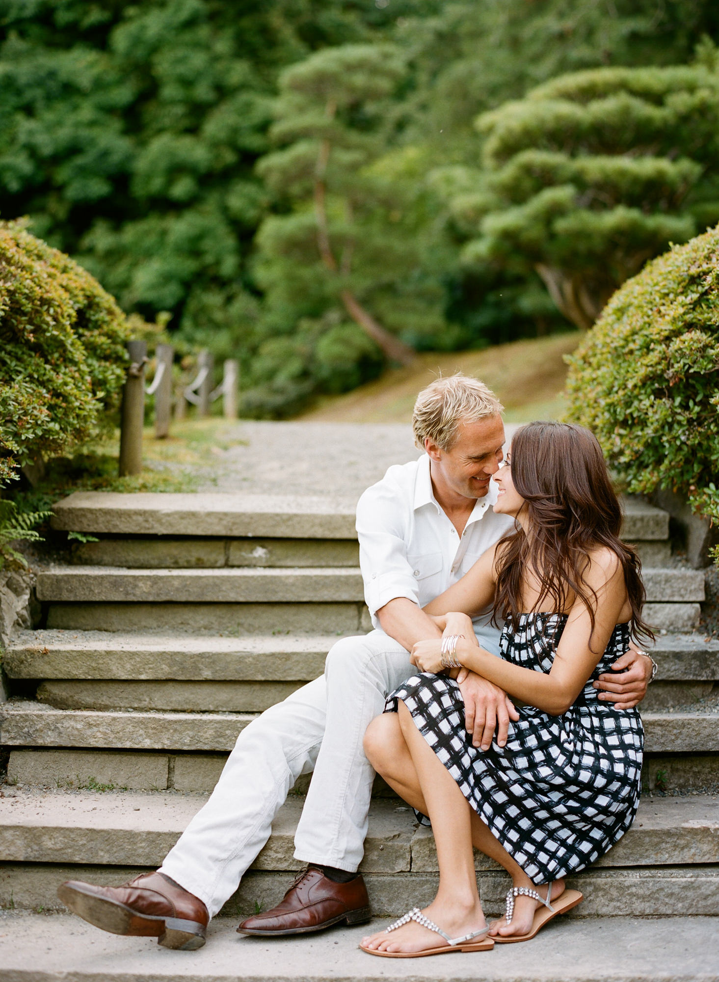 seattle-engagement-portraits-noree-and-chris10.jpg