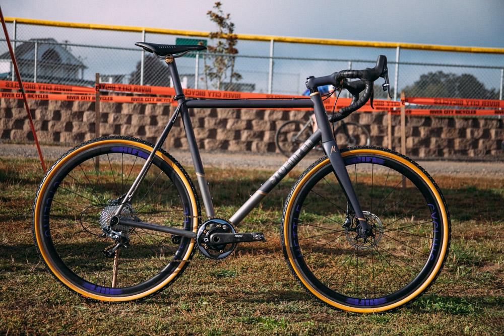 Cyclocross17_CrossCrusade_1-Alpenrose-15Mettle_Stoemper_Hifi-TiCX_custom-cyclocross-bike3.jpg