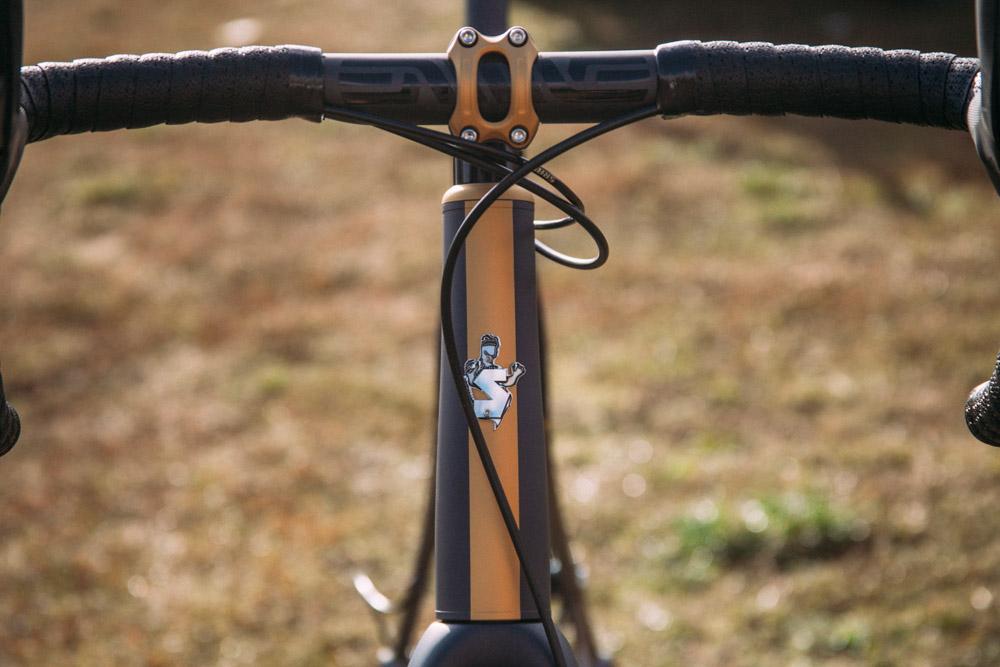 Cyclocross17_CrossCrusade_1-Alpenrose-19Mettle_Stoemper_Hifi-TiCX_custom-cyclocross-bike5.jpg