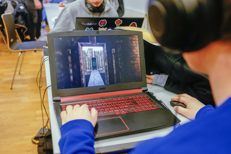 snapshot-game-college-unity-maze-8.jpg